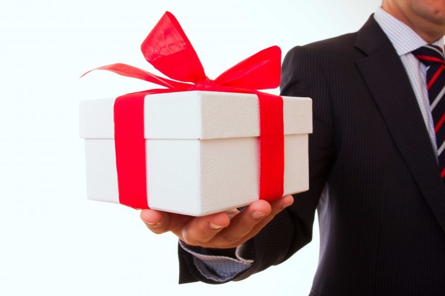 gift-giver_3