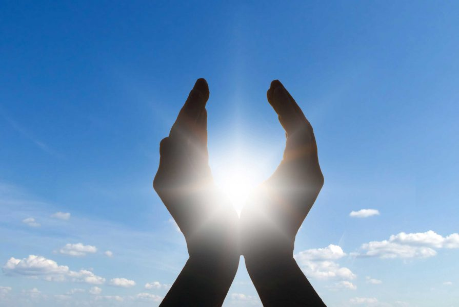 sun-in-hands_0